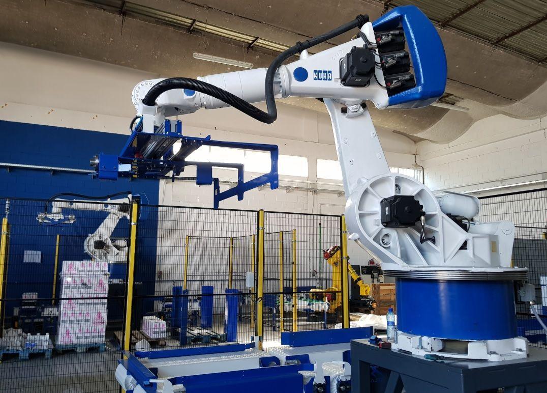 Sustitucion cargas operario mediante robot paletizador
