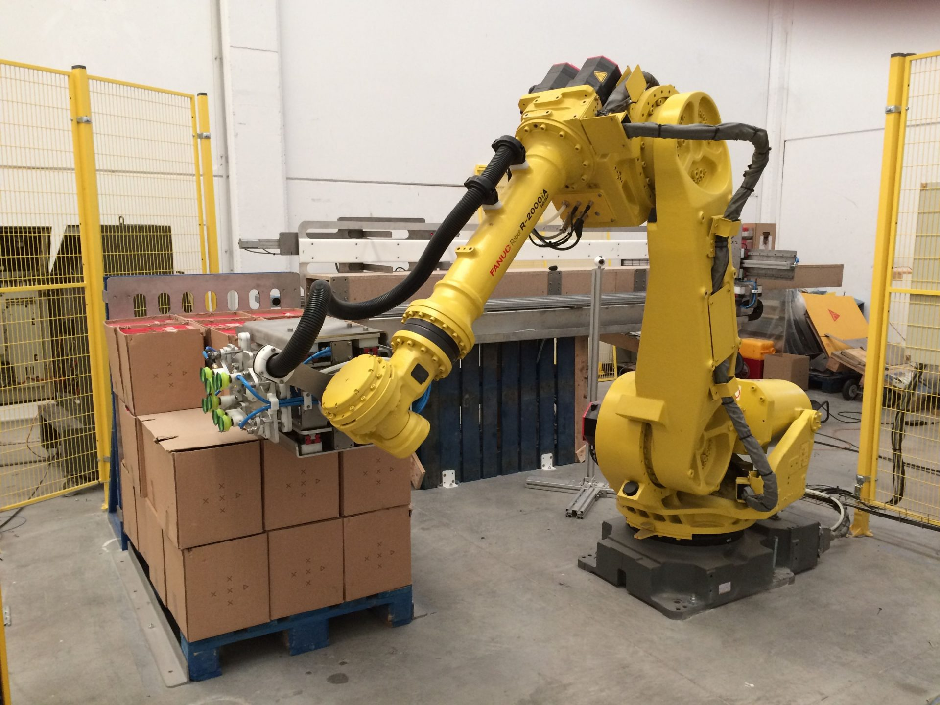 robot despaletizador de cajas