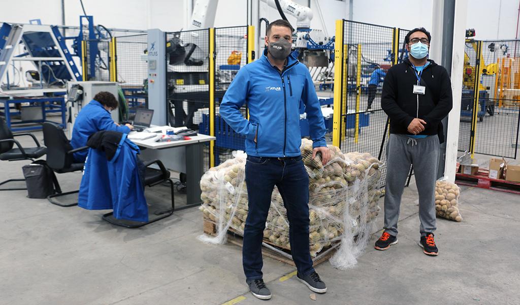 Donamos 4.000 kg de patatas Crillamur a la asociación AVALSO